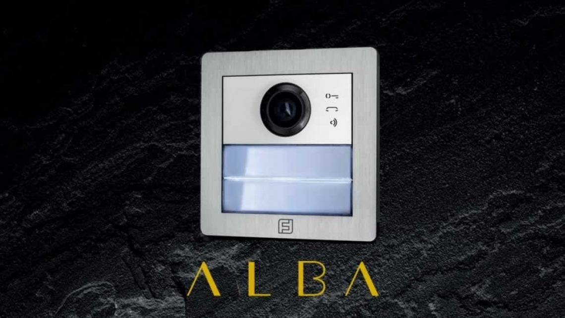 Alba, welcome Italian Beauty